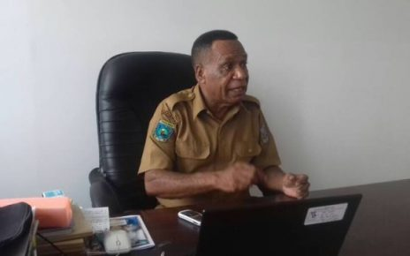 Onesimus Assem, Sekertaris Bappeda Kota Sorong.