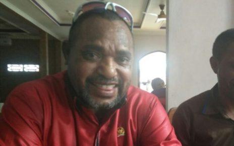 Djimi Demianus Idjie, Anggota DPR RI asal Papua Barat.