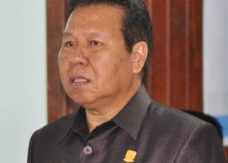 Frans Amerbay SE, Ketua DPRD Kaimana.