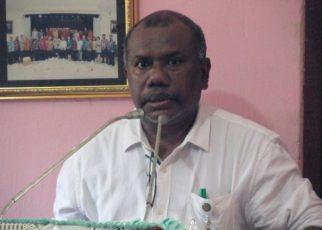 Yan Christian Warinussy, SH, Direktur Eksekutif LP3BH Manokwari