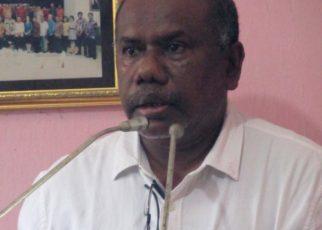 Yan Cristian Warinussy, SH, Direktur LP3BH Manokwari