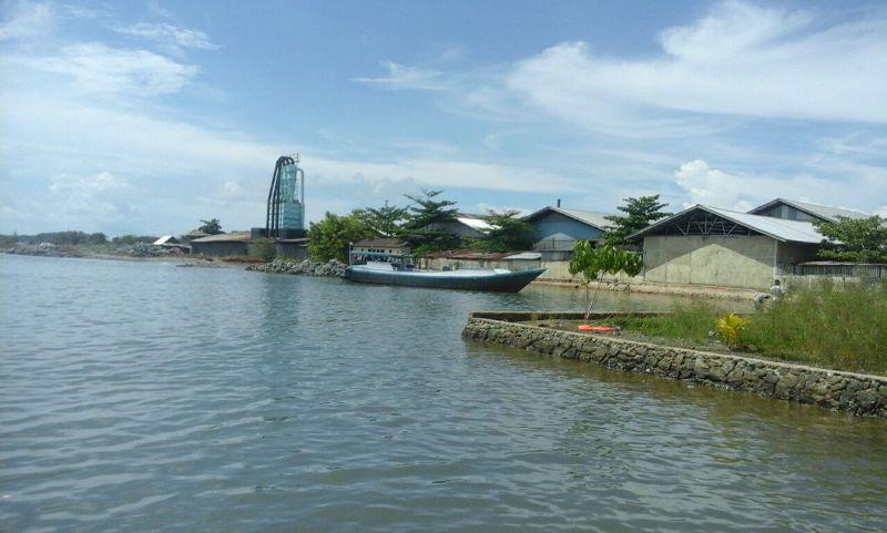 KMN Anuegrah AS-01 yang ditangkap tim gabungan Jumat (08/12) diperairan teluk Berau.
