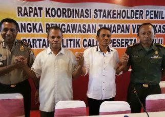 Foto bersama usai pelaksanaan Rakor Stake holder