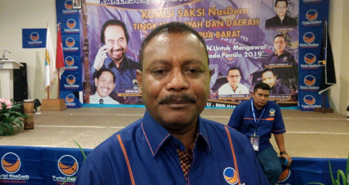 Ketua DPD NasDem Teluk Bintuni, Ir Petrus Kasihiuw,M.T