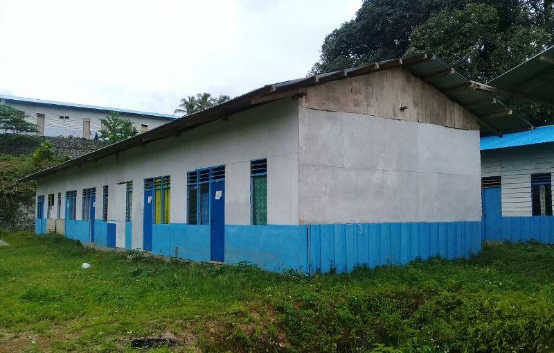 Barak HUNTARA di Kampung Susweni yang dihuni masyarakat Asli Papua(1)