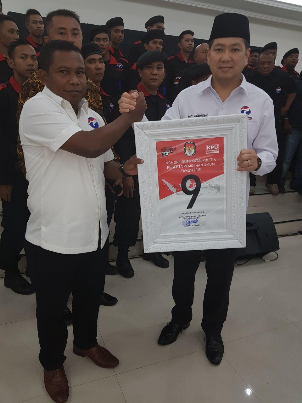 Ketua DPW Perindo PB, Marinus Bonepay memegang nomor urut bersama ketua umum DPP Perindo, Harry Tanoesoedibjo
