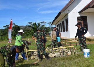 Pembuatan Lonceng GKI Emanuel, Kampung Sailala, Distrik Sayosa Timur, Kabupaten Sorong oleh Satgas TMMD ke-101