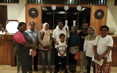 Anggota MPR RI, Mervin Sadipun Komber beerkunjung ke Kabupaten Kaimana beberapa waktu lalu
