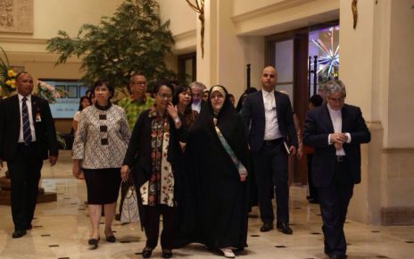 Yohana Yembise, Mentri PPPA RI bersama Dr. Masoumeh Ebtekar, Wakil Presiden Republik Islam Iran, Bidang Wanita dan Urusan Keluarga