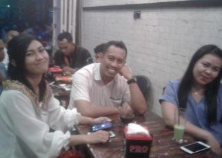 Pengunjung Coffee Roda, Kota Sorong