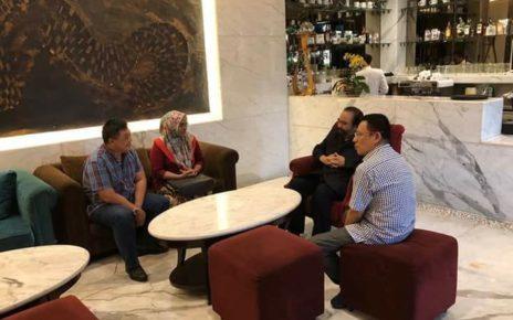Pertemuan Ketua Umum DPP Partai NasDem, Surya Paloh dengan Sekertaris DPW NasDem Papua Barat, Rocky L. Mansawan,S.E dan Bacaleg DPR-RI Dapil Papua Barat di Kantor DPP NasDem, Jakarta