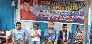 Anggota DPR Papua Barat M.Sanusi Rahaningmas,S.Sos.,M.M.,S.Ip memberikan tanggapan terhadap aspirasi yang telah disampaikan masyarakat