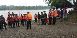 Apel Tim Gabungan TNI-Polri dan BPBD Papua Untuk Melalnjutkan pencarian dua personil Polres Puncak Jaya