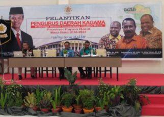 Rapat Kerja KAGAMA Papua Barat dipimpin langsung oleh ketua terpilih, Gabriel Asem./ (foto: dewi)