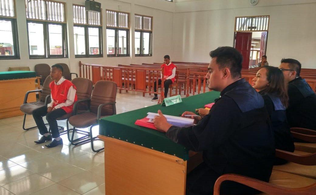 M Saleh terdiam saat mendengar putusan majelis hakim/(foto: Djunaidi)