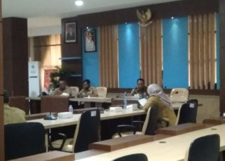 Rapat Panitia HUT NKRI ke-73 di Ruang Wayag, Kantor Bupati Raja Ampat