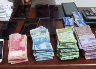Barang Bukti Judi yang didiuga milik lima tersangka Judi togel yang berhasil ditangkan Tim Opsnal Jatanras Ditreskrimum Polda Papua Barat, Jumat (7/12/2018)