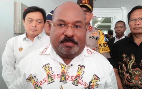 Gubernur Papua, Lukas Enembe,S.IP.,M.H