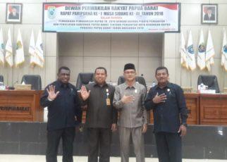 Pimpinan dan Anggota Fraksi NasDem DPR Papua Barat