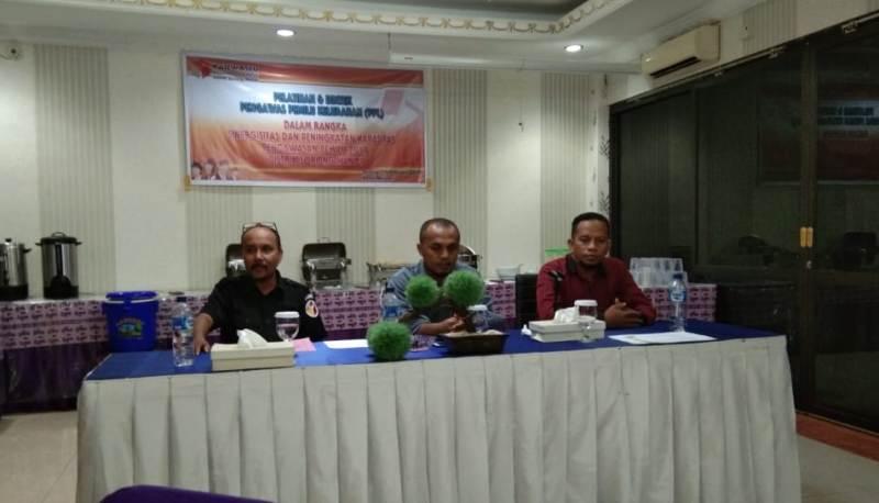 Panwaslu Manoi menggelar Bimtek untuk meningkatkan kualitas Pengawas ditingkat Kelurahan