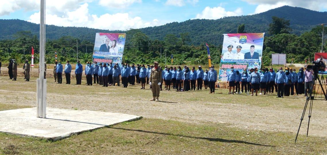 Upacara perayaan HUT ke-12 Kabupaten Tambrauw yang diikuti seluruh ASN Kabupaten Tambrauw. [foto: humas tambrauw]